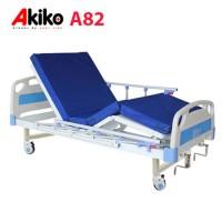 Giường bệnh 3 chức năng 2 tay quay Akiko A82